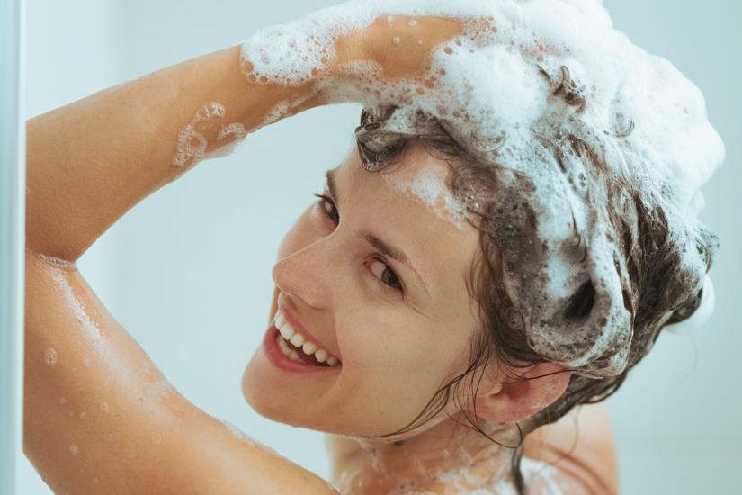 prawidłowe mycie włosów